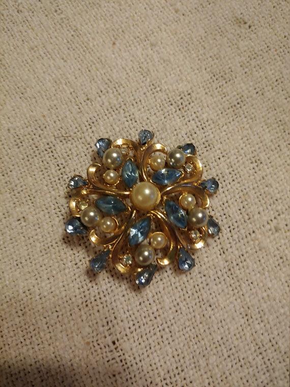 Vintage brooch/pin, vintagebrooch, vintage pin - image 4