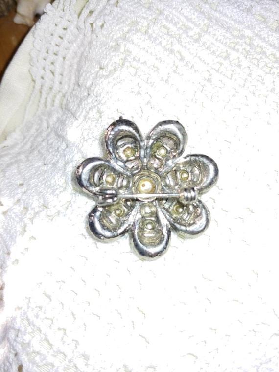Vintage pin/ brooch, vintage pearl brooch, vintag… - image 3