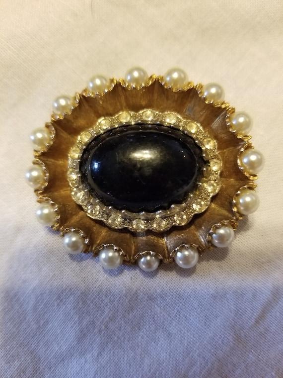 Vintage Pearl and black stone brooch, vintage pea… - image 4