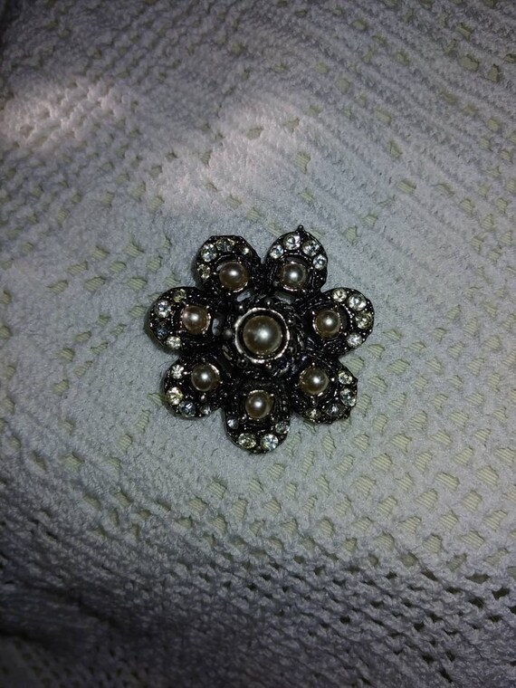 Vintage pin/ brooch, vintage pearl brooch, vintag… - image 2