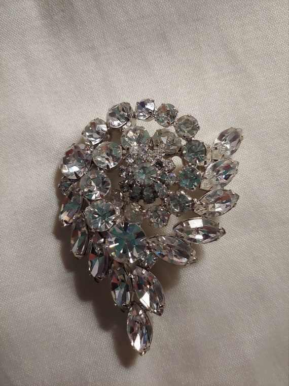 Vintage rhinestone pin brooch, vintage brooch, vi… - image 6