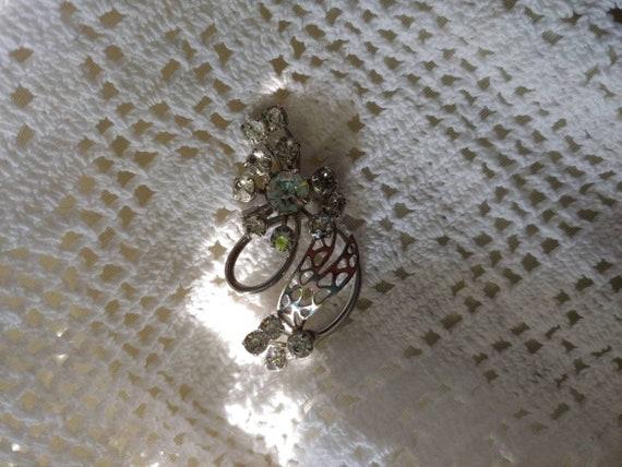 Vintage rhinestone pin/brooch, vintage rhinestone… - image 9
