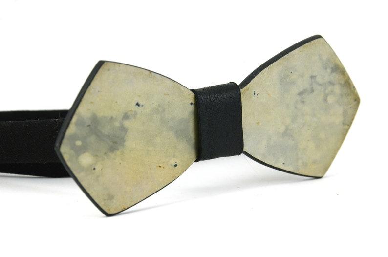 bb74e4f55694 Bowt tie stone CycloneGray bow tieNatural   Etsy