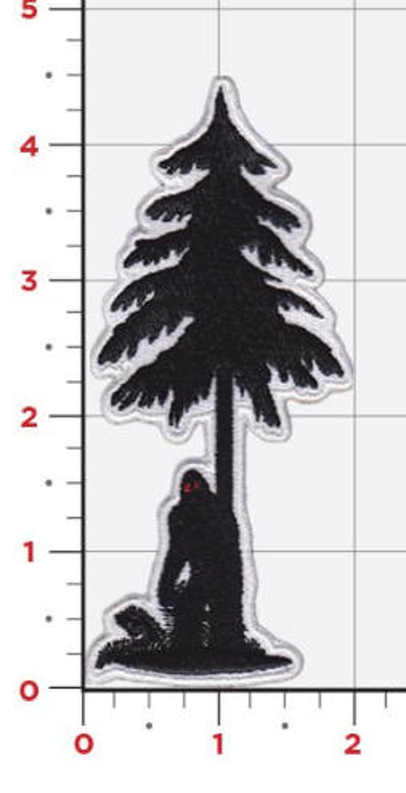 Tree Peeker.. Bigfoot Patch