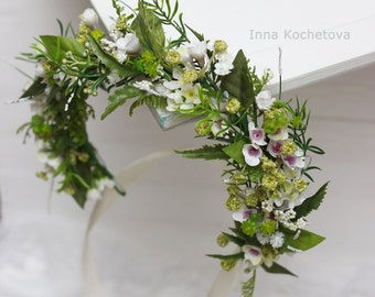 Green floral crown Spring woodland hair wreath Flower crown Floral crown Woodland wedding Flower accessories Wedding halo Bridal headband