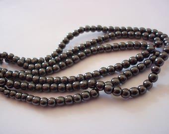 Set of 50 4 mm gunmetal hematite beads