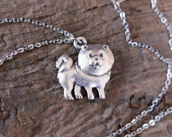 CHOW pendant necklace