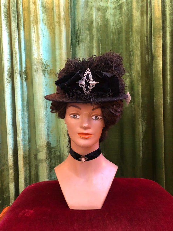 Antique Edwardian velour suffragette hat with ostr