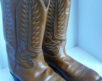 177933ad806 Vintage 1970 s Men s Tony Lama Western Cowboy Boots. Rich Tan Brown Classic  Black Label Great Condition. Unisex. Mens Sz 9 1 2 D.