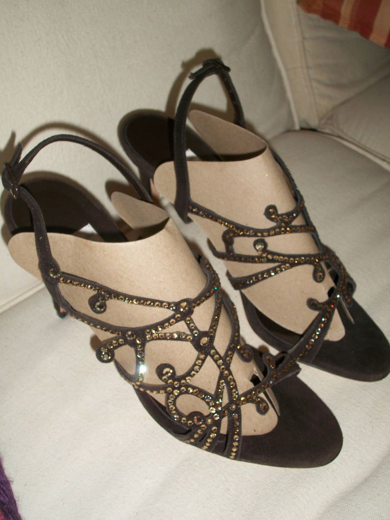 Sz 37 Gorgeous Italian Brown Suede With Rhinestone Filigree Design Sling Back 4 Heels Wilson /& Dean For Wilkes Bashford Made In Italy