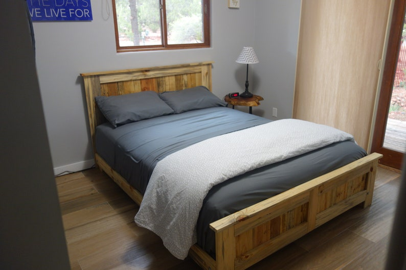 san francisco dc98c 7c49c Reclaimed wood and Blue Pine Queen Bed