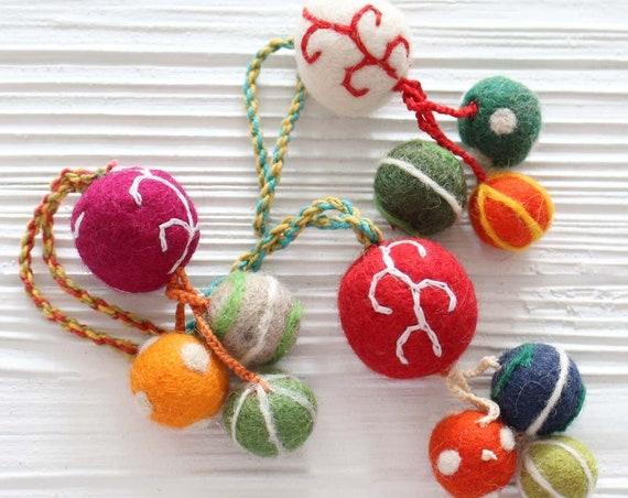 Pom pom bag charm, felt pom poms with hanger, detachable handbag charm, pom poms for keychains purses, home decor, Christmas tree ornaments