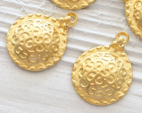 2pc matte gold round pendant, hammered pendant charm, earrings charm gold, dangle, round findings, jewelry findings, gold charms