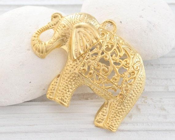 Elephant pendant gold, filigree pendant, elephant, filigree animal pendant, natural findings, elephant necklace pendant, focal pendant