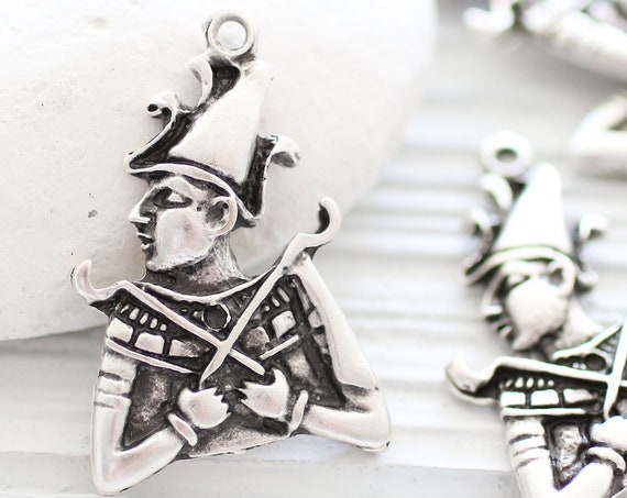 Theatrical pendant, guard pendant, silver pendant, guard charm, theater character pendant, face pendant, antique silver earrings charm