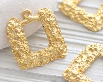 2pc matte gold flower pendant, earrings pendant, just dangles, square pendant charms, hammered pendant, gold findings, necklace pendant
