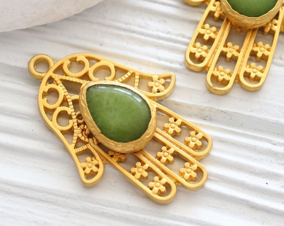 Green gemstone Hamsa pendant gold, lime green jade pendant, filigree Hamsa pendant, gemstone pendant, filigree jade pendant, Hand of Fatima