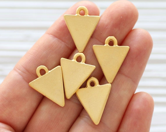 5pc gold triangle charm, earring charms, just dangles, metal charms, triangle, necklace charms, bracelet charms, flat charms, dangle pendant