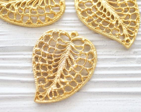 Leaf pendant gold, filigree leaf pendant connector, filigree, filigree findings, boho gold leaf charm, filigree leaf, earring pendant, S