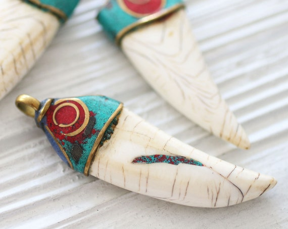 Turquoise coral lapis inlay focal tusk pendant, Tibetan pendant, bone pendant, horn shaped pendant, gemstone pendant, Nepal tribal pendant