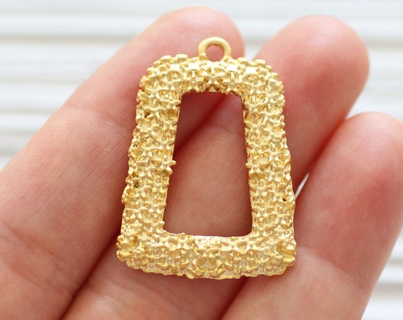 2pc earrings pendant, matte gold flower pendant, just dangles, rectangle pendant charms, hammered pendant, gold findings, necklace pendant