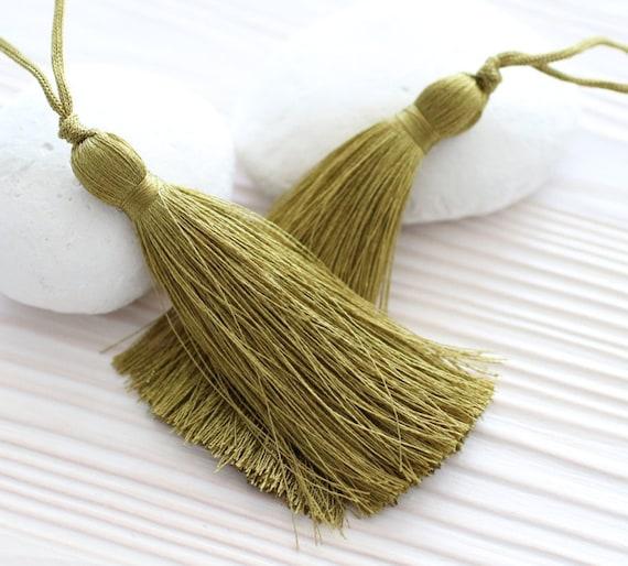 Silk tassel, olive tassel, green tassel, olive green, jewelry tassels, tassel, keychain tassels, decorative tassels, khaki, mala tassel, N32