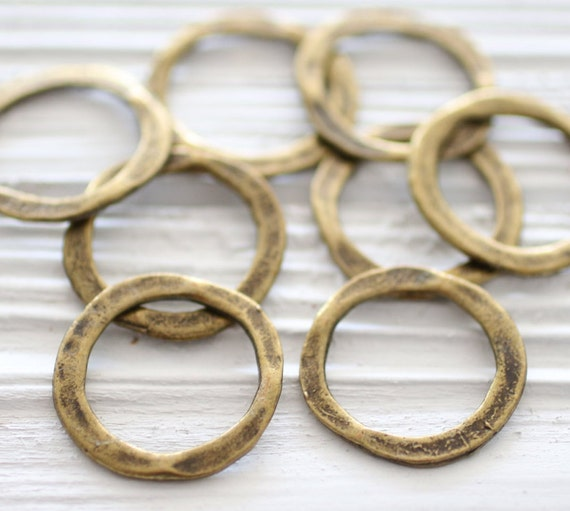 4pc antique gold ring connector, organic shaped loops, ring pendant, round antique connectors, hammered connectors, necklace connectors, S