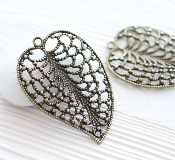 Antique gold filigree leaf pendant, filigree leaf, filigree gold leaf, filigree findings, boho filigree, large antique pendant, antique leaf