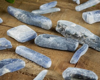 3 BLUE KYANITE Crystals - Blue Kyanite Stone, Blue Kyanite Blade, Kyanite Raw Kyanite, Rough Kyanite, Healing Crystal, Healing Stone E0012