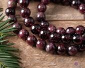 GARNET Round Beaded Bracelet - Birthstone Jewelry, Crystal Jewelry, Gemstone Bracelet, Crystal Bracelet, Healing Crystals and Stones E0597