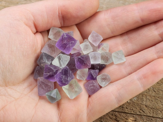 Rainbow Mix FLUORITE Octahedrons 10g lot Mini Raw Fluorite Crystals E1234