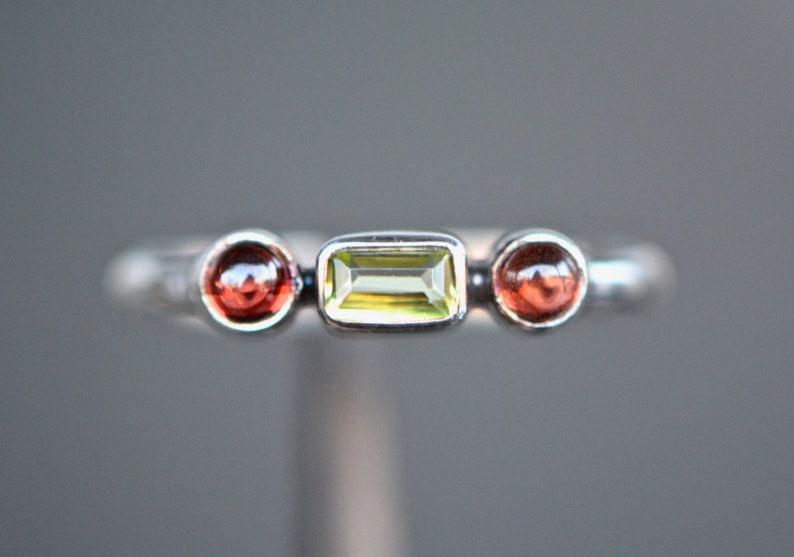 Dainty Garnet /& Peridot Stacking Ring Sterling Silver Everyday Ring Red Green Minimalist Gemstone Ring January August Birthstone Ring