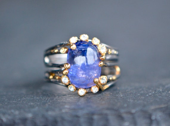 Cute Tulip Designed Tanzanite /& White Topaz Gemstones Sterling Ring