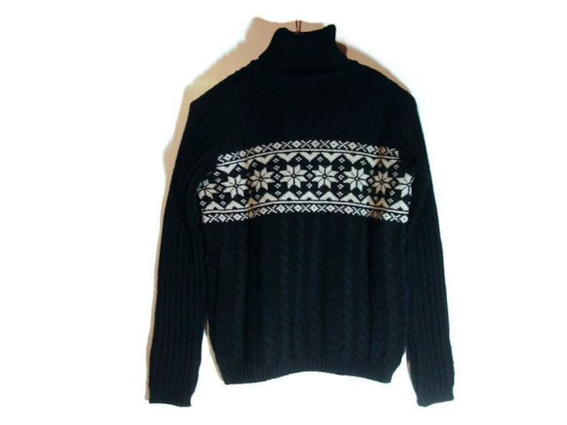 e2a948d1ffc Vtg Ski Sweater DKNY Black Cable Knit Retro Snowflake Sweater