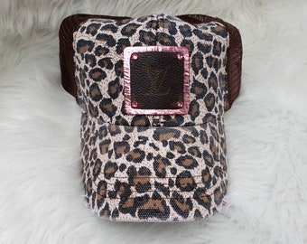 Upcycled authentic Louis Vuitton Bag Canvas on pink Metallic leather 70c8a566d2b5