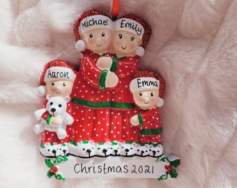 Personalised Christmas ornament /  family of 4 / personalised family ornament/ personalised bauble / christmas decoration / Christmas gift