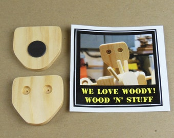 Woody The Shop Bot Magnet (1): INCLUDES A FREE STICKER!