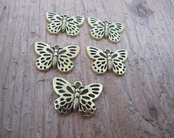 gold butterfly charm. butterfly charm. bulk charm. butterfly, charm for bracelet, charm for necklace, jewelry making supplies, charms