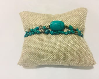 Turquoise Bracelet With Silver Toggle