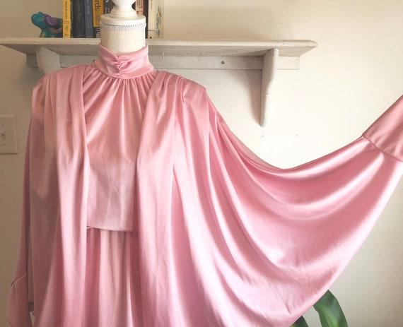 Pastel pink sheen batwing disco dress!