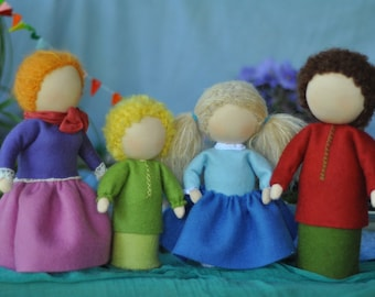 Waldorf dolls // Waldorf toys // Dolls femily set