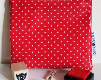 Pocket fabric 12x11cm coated red dots