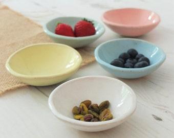 Ceramic bowl, small bowl, handmade bowl, dipping bowl, prep bowl, jewelry bowl, ring bowl, handmade gift, housewarming gift, pottery bowl