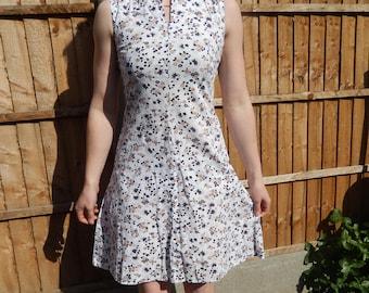 1960s cotton floral print summer dress.