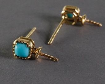 18k yellow gold turquoise paste stud bezel screwback earrings