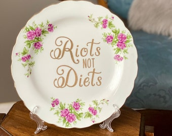 Riots Not Diets - Body Positive Gift for Friend - Feminist Home Decor - Girl Power Present - Smash The Patriarchy - Girls Rock - Riot Grrl