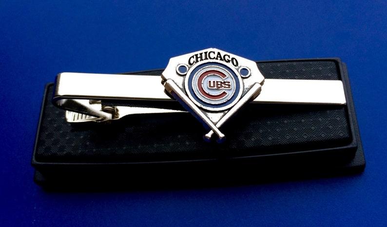 Idee Cadeau Etats Unis.Cubs De Chicago Tie Bar Oursons Attache Fermoir Idee Cadeau Baseball Fait A La Main Aux Etats Unis Fast Shipping From Usa