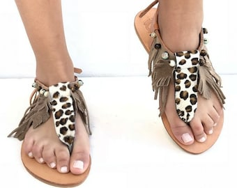 Animal print leather sandals, T Strap Leather sandals, brown feather sandals, festival shoes, Gladiator Sandal, boho sandals,