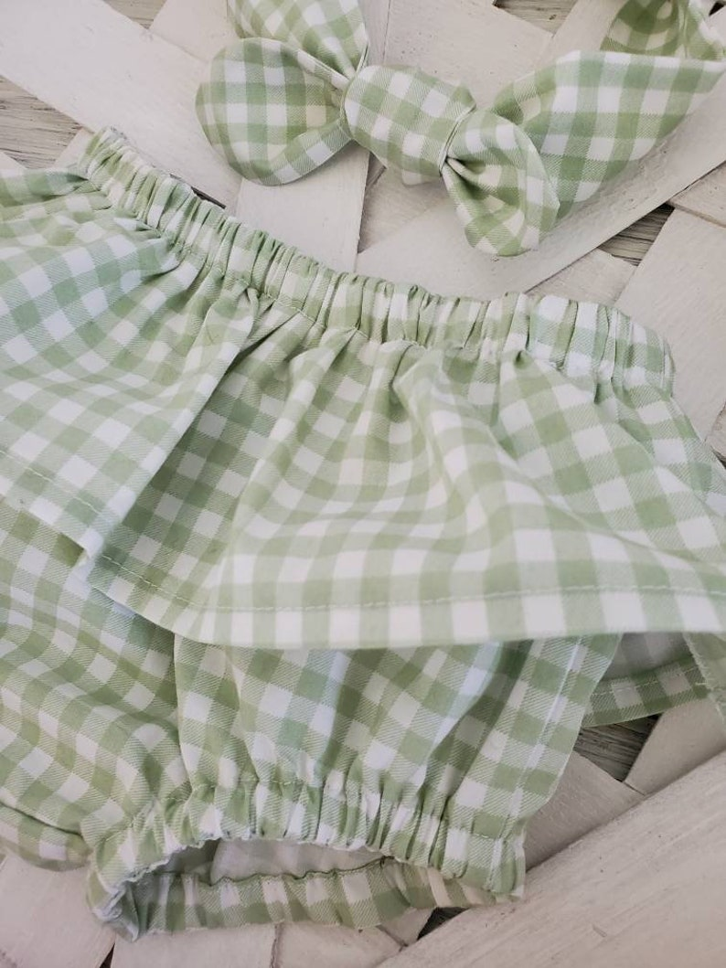 Gingham baby bib, Baby Bloomer, Easter Baby Bloomer Baby Gingham Bloomers Baby Girl Clothes Gingham Bloomers