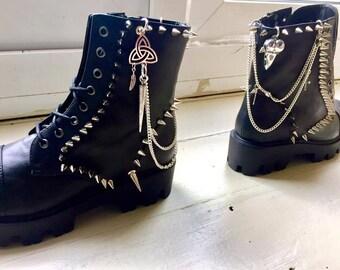 Corvidae Boots